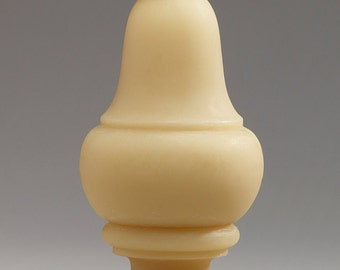Longfellow, large - Handmade sculptural beeswax candle