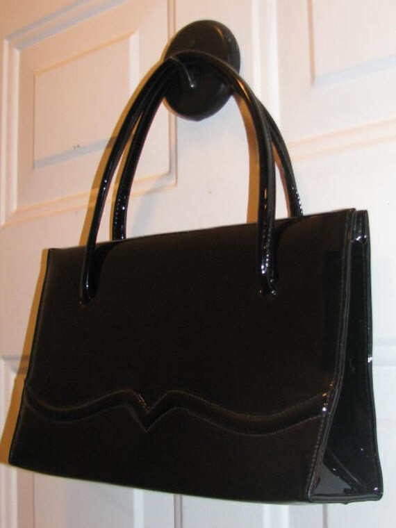 Vintage LENNOX Estate Black Patent LEATHER Purse // Handbag 50's 60's Hipster Retro Pin Up Rockabilly Structured