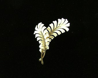 MONET Vintage Double Feather Brooch White Enamel and Gold