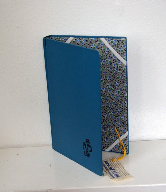 E-Reader Case from Vintage Book- Black and Blue
