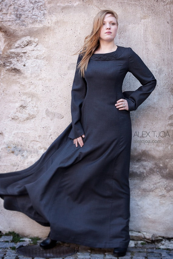 Long wide dress Alva with Viking Ornaments and trumpet sleeves. Elegant and stylish.