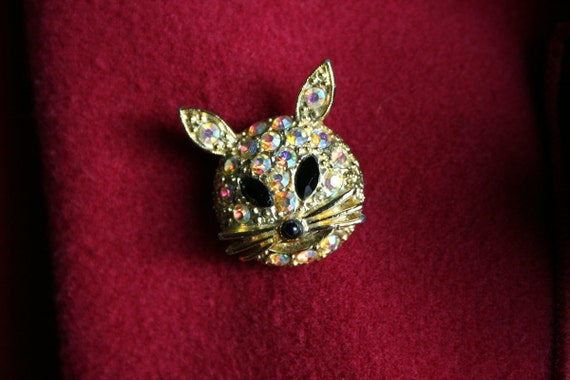 Vintage Cat Pin Vintage Cat Brooch Mad Men Cat Accessory Mad Men Brooch