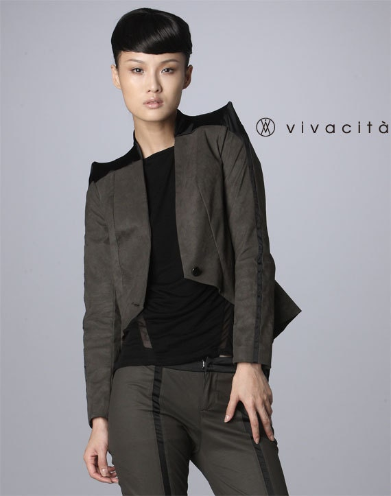 Faux Suede Sharp Shoulder Grey Blazer with Colour Block