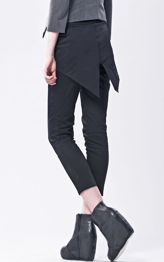 Super Skinny Trouser With Swallow Tail Back