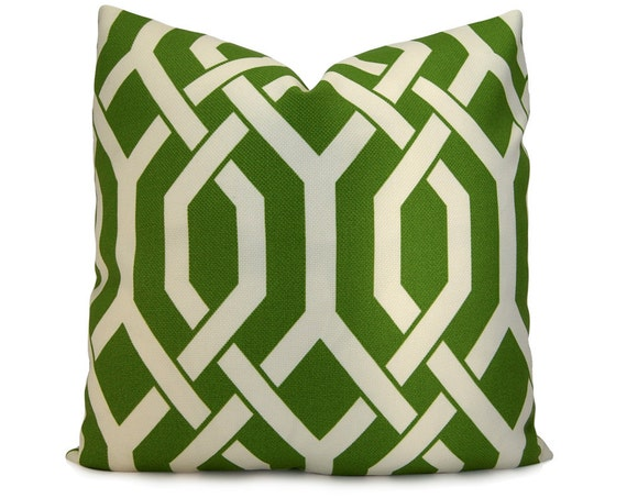 Trellis Decorative Indoor/Outdoor Pillow Cover in Palm Green and Ivory - Accent Pillow - Throw Pillow
