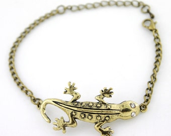 Simple Gold-tone Gecko/Home Lizard Pendant Bracelet