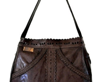 L'AMOUR. Brown leather tote / leather shoulder bag / brown leather bag / brown leather purse. Available in different leather colors.