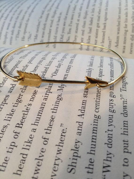 Arrow Bangle Bracelet- Simply Gold Arrow- Bridesmaids Gifts- Minimalist Jewelry- Gold Casual Jewelry