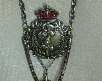 Necklace -  Crown Pendant with Chain - FS-095