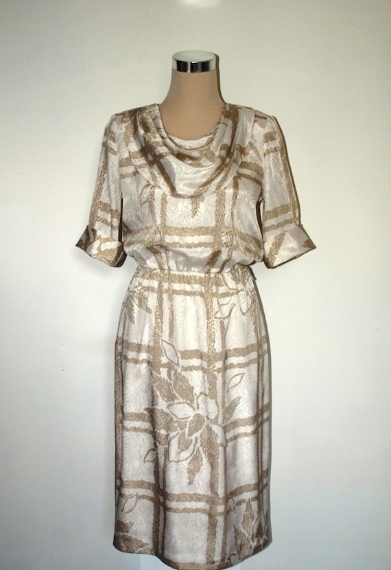 Holiday Sale - 80s satin dress. Size UK 10 (US 8). Dynasty meets Dallas.