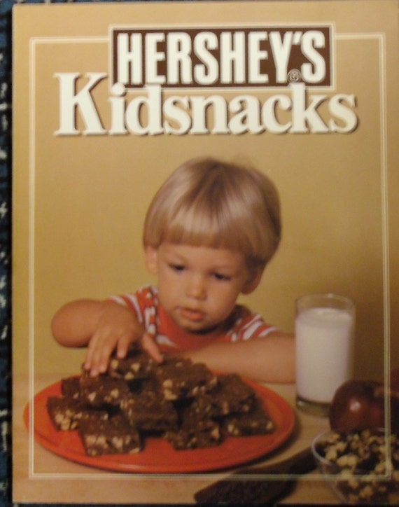 Vintage Hershey's Cookbook - Kidsnacks 1984, Ideals Publishing Corp