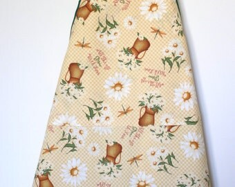 All Things Grown With Love Floral Apron and Pot Holder Match Set