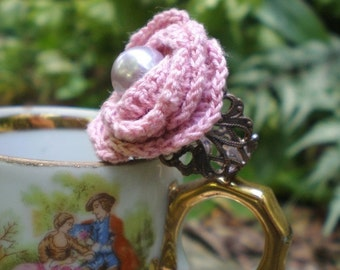 Cabbage Rose adjustable ring- Vintage inspired. dusty pink crochet rose. oyster glass pearl. brass filigree. Jettabugjewelry