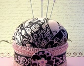 CLEARANCE Pincushion needlecraft pinker Lady Yoko pink black silk floral fabric pin cushion decorative straight pins TAGT