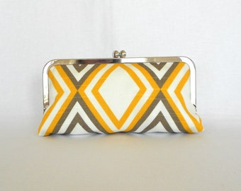 Yellow Grey White Clutch
