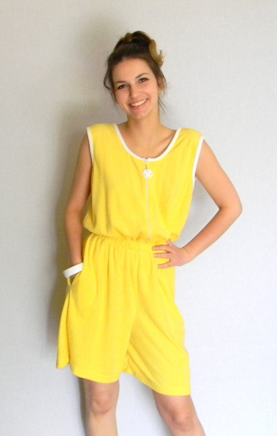 Yellow Romper. One Piece. Cotton Beach Cover Up 80s Lemon Yellow White. Summer Jumpsuit. Primary Color  Resourt Wear. Summer Fashion