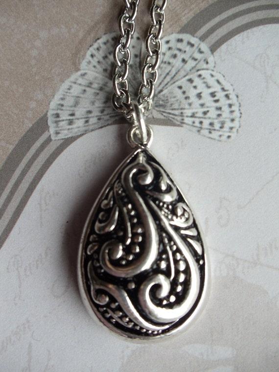 Silver Teardrop Necklace, Teardrop Vintage Pendant