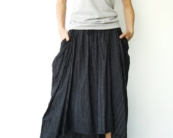 NO.40 Black And Skinny Cream Dotted Lines Cotton High Low Skirt