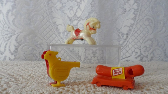1960s Plastic Whistles Horsebird And on oscar mayer wienermobile whistle