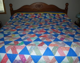 King Sized Quilt - Twirling Triangles