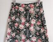 Vintage 80's 90's Grunge Skirt / Floral Print A-line Skirt with Pockets / High Waist Floral Skirt