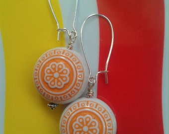 SALE Vintage Lucite Orange Flower Beaded Earrings on Silver-Plated Kidney-Shaped Earwires