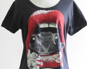 Frog Red Mouth Frog T Shirts Screen Print Women Crop Top Tee Shirt Black T-Shirt Frog T-Shirt Size M
