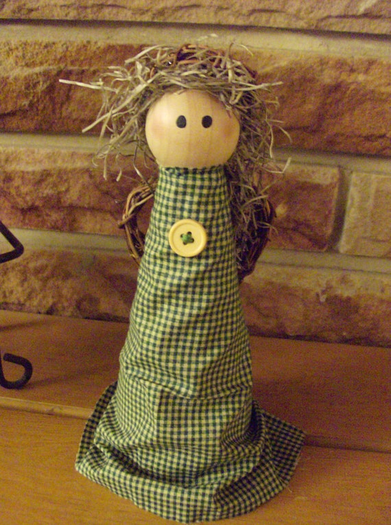 Primitive Peace Shelf Angel With Green Gingham Gown