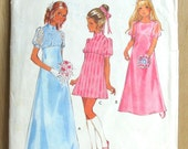 Vintage Style sewing pattern 1970 Girls dress in two lengths