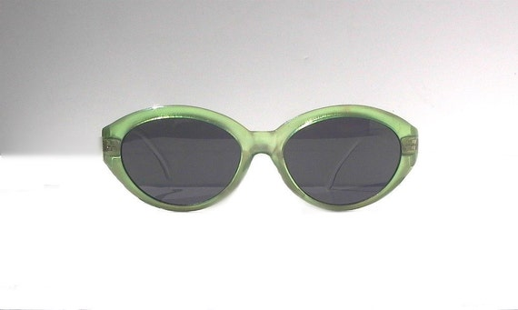 Vintage Frosted Green Cat Eye Sunglasses, 90s Deadstock Cateye, Frosted Celedon Catseye Eyeglasses