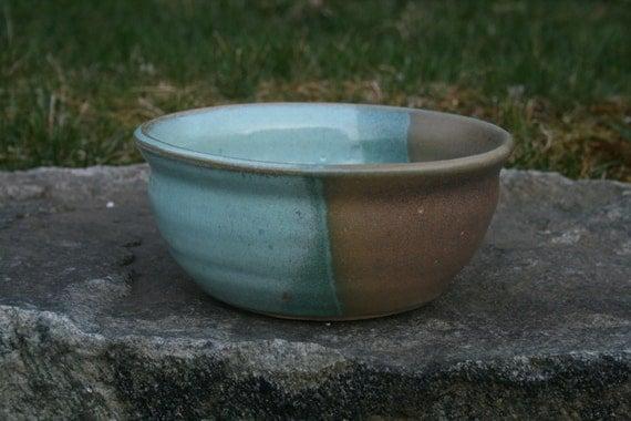 Stoneware Ceramic Pottery Medium Bowl