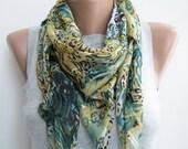 Multicolor triangle cotton spring scarf