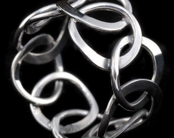 Sterling silver abstract circle ring, 100 % handmade hammered Circles,  Everyday wear, under 25, Christmas gift