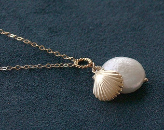 4 Shell Bridesmaid Necklaces - Shell and Coin Pearl - 14K Gold Filled - Set of 4 - Bridesmaid Jewelry, Bridal Beach Coastal Wedding Gift