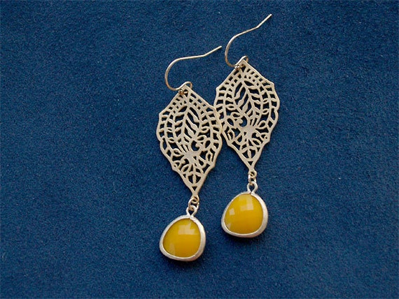 SALE - Mango Tango - Mango and Gold Earrings - Paisley Filigree with Yellow-Orange Drops - Gold Filled Earwires