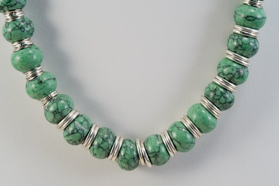 Green Howlite Necklace