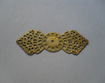 2 Vintage Brass Filigree Wrap Stamping