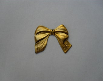 2 Vintage Raw Brass Bow    ...   B - 6