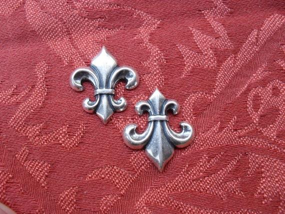 2 Vintage Silver Ox Fleur De Lis Stamping