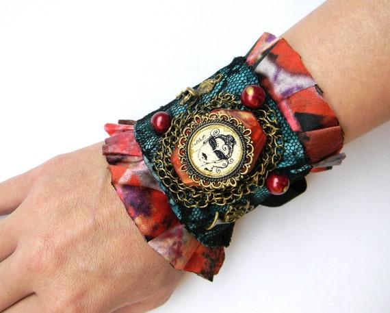 Gothic Cuff Steampunk Wrist Cuff, Silk and Lace Cuff Gothic Lolita Bracelet, Textile Jewelry Fabric Cuff Bracelet