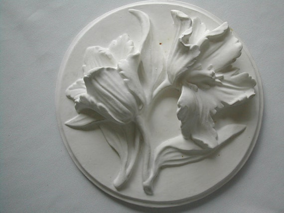 Chalkware Lilies 1950s Country Chic