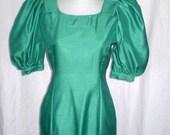Sale GREEN WITH ENVY  Stunning Vintage Floor Length Dress