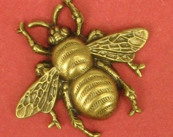 2 Medium Bumblebee Stamping in Antique Brass - 31x29mm