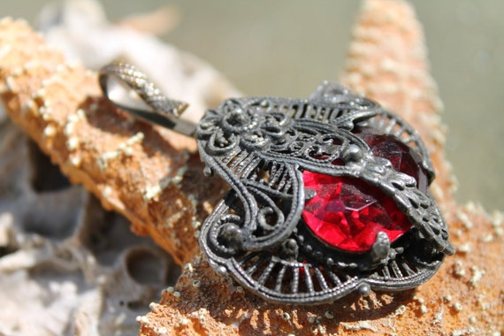 Silvertone Victorian Pendant with Red Synthetic Stone
