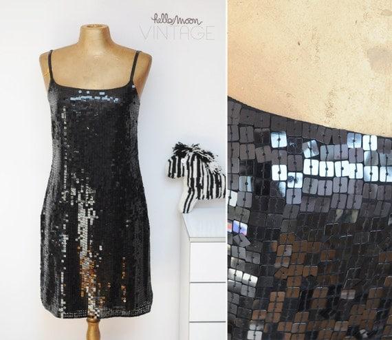 SALE ---------- Shiny Glittering Sexy 80's black dress glittering . M