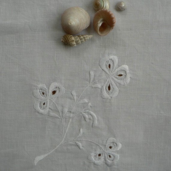 vintage irish linen white on white shamrock/ clover embroidered tablecloth