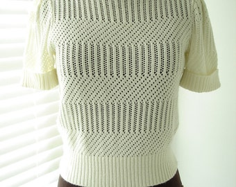 """Creamy Ivory Short Sleeve Lacey Knit Sweater 34"""" Bust"""