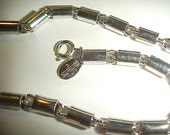 Vintage 1976 Givenchy Silver Barrel Link Chain Necklace E23
