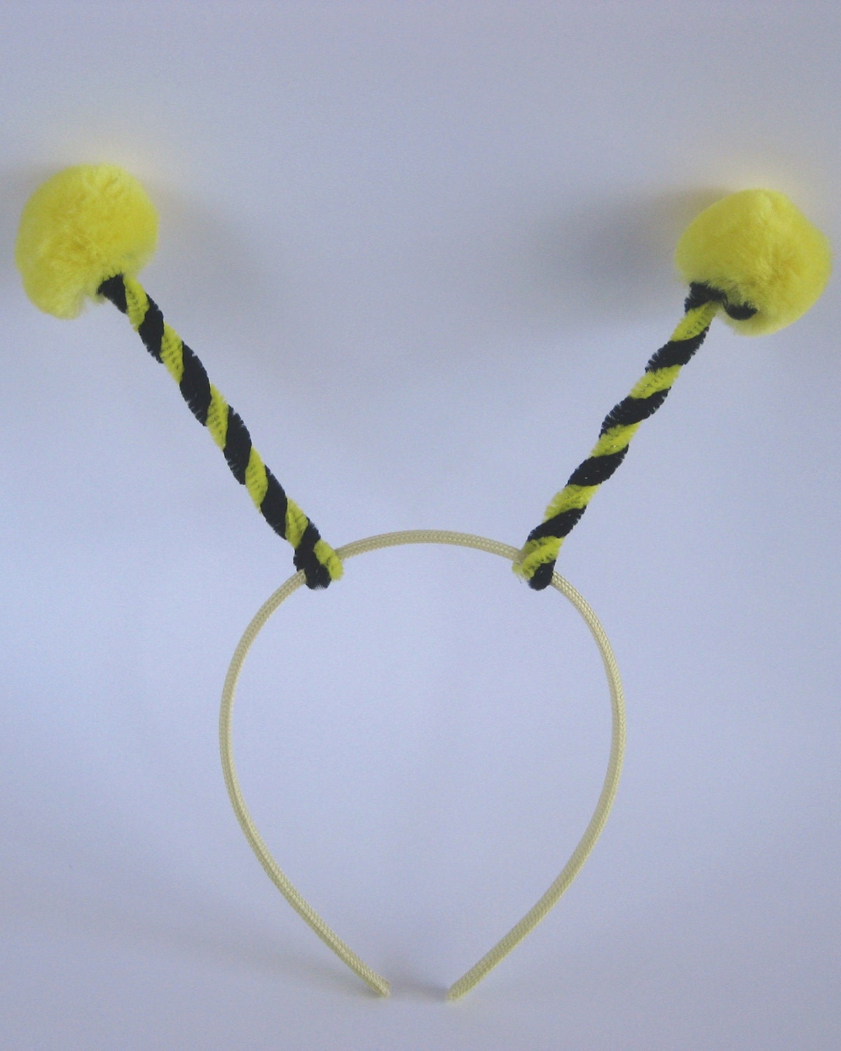 how to make bumblebee wings