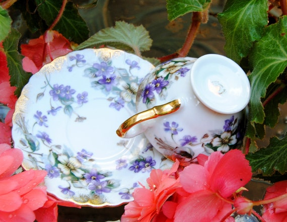 Vintage  Cup & Saucer - Purple Pansies , Hand Painted , Gold Edge - 1960's - Gorgeous!
